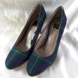 Liz Claiborne Cammie Green Plaid Heels 9.5